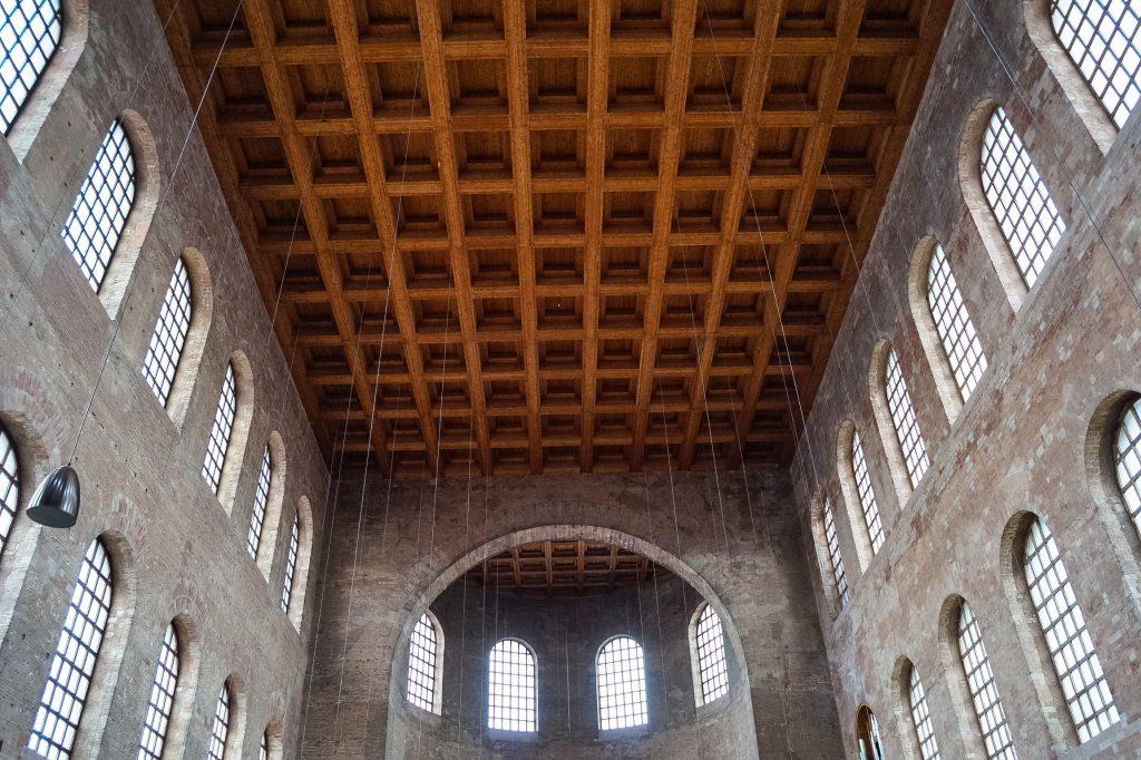 Konstantinbasilika innen Trier