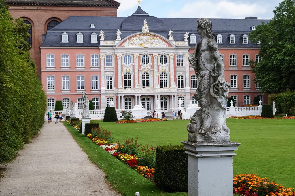 Palastgarten Trier Travel Blogger