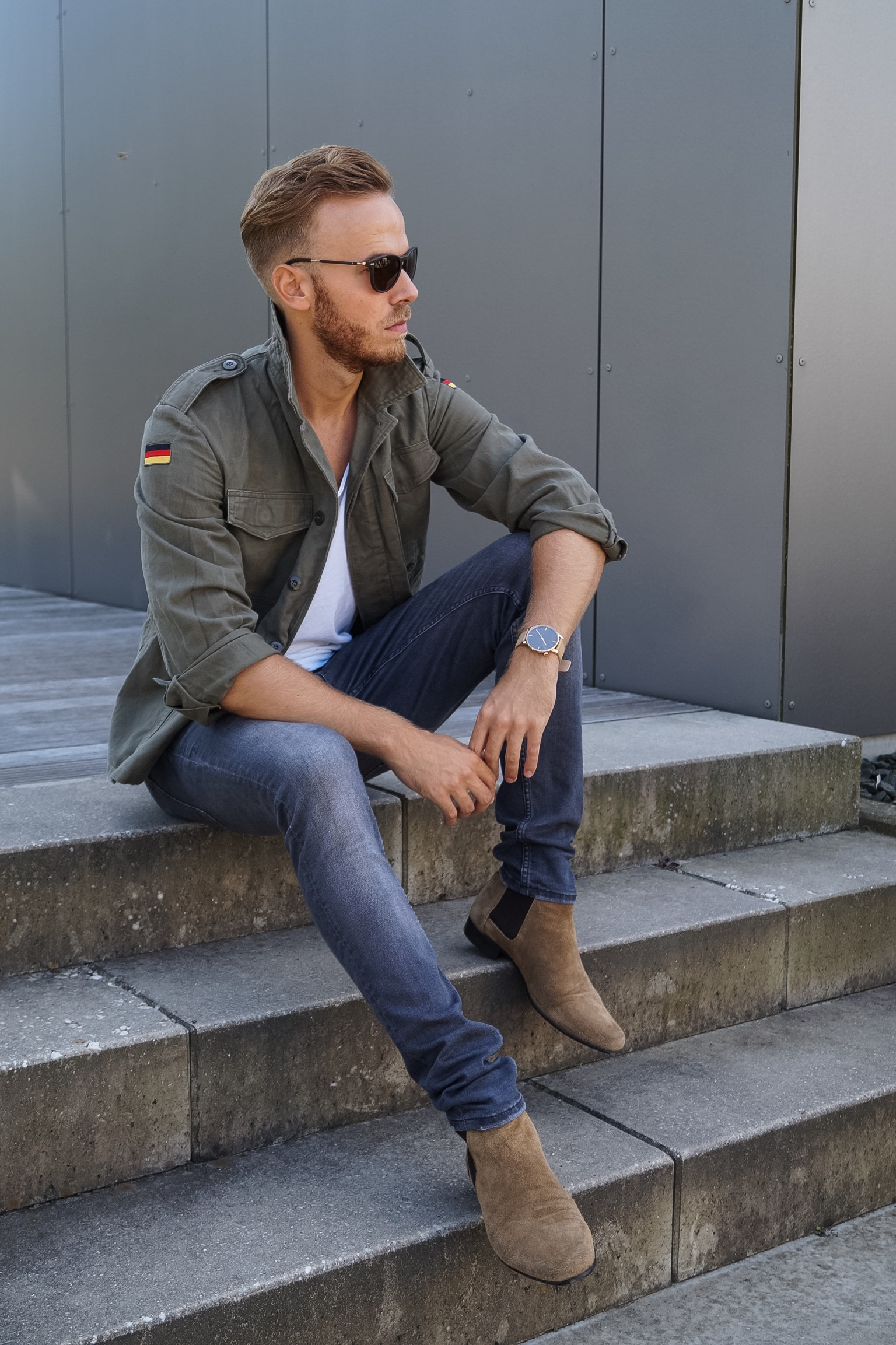 OUTFIT Bundeswehr Jacke und Chelsea Boots Fashionblog