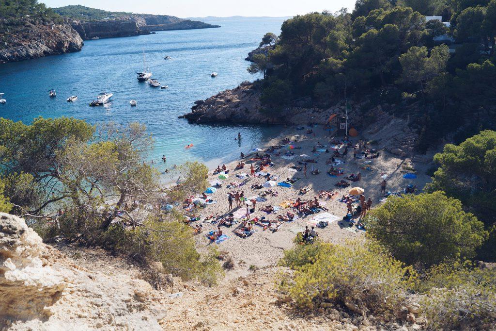 Cala Salada Ibiza Travel Travelblog Blogger Cala Bassa Tarida