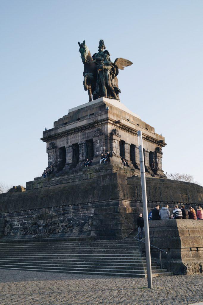 Koblenz Deutsches Eck Blogger Blog Travel Fashion Trier Rheinland-Pfalz Ausflug Citytrip Trip