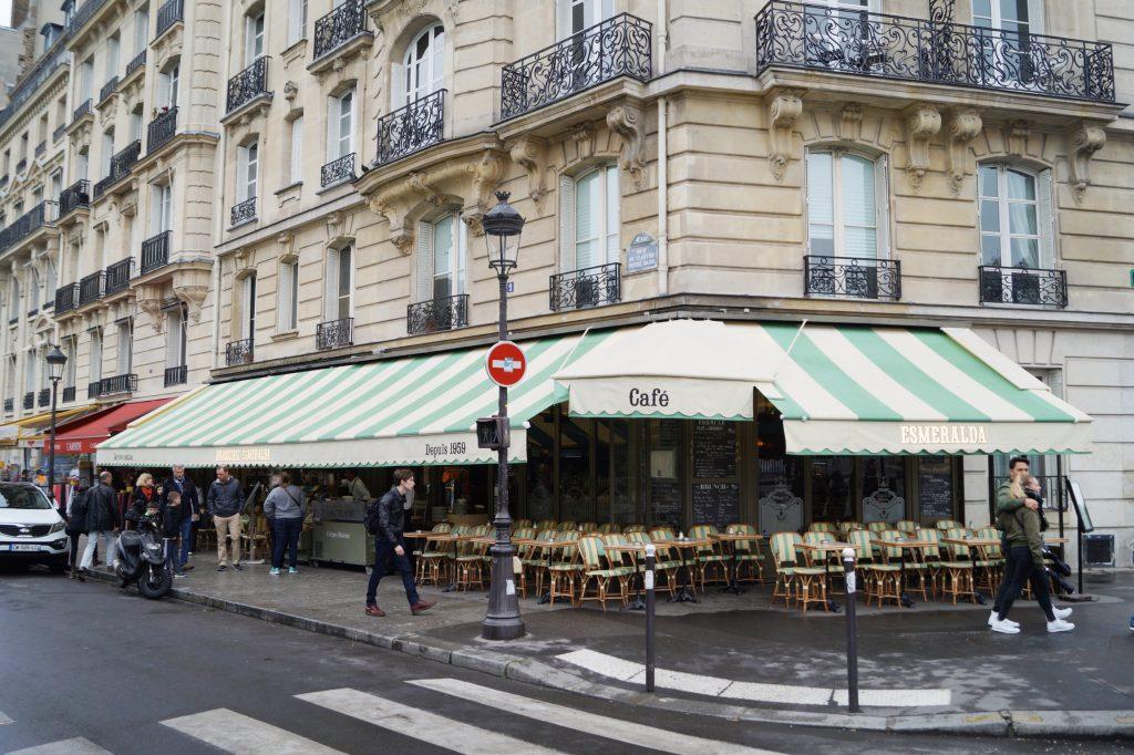 Café Esmeralda Paris