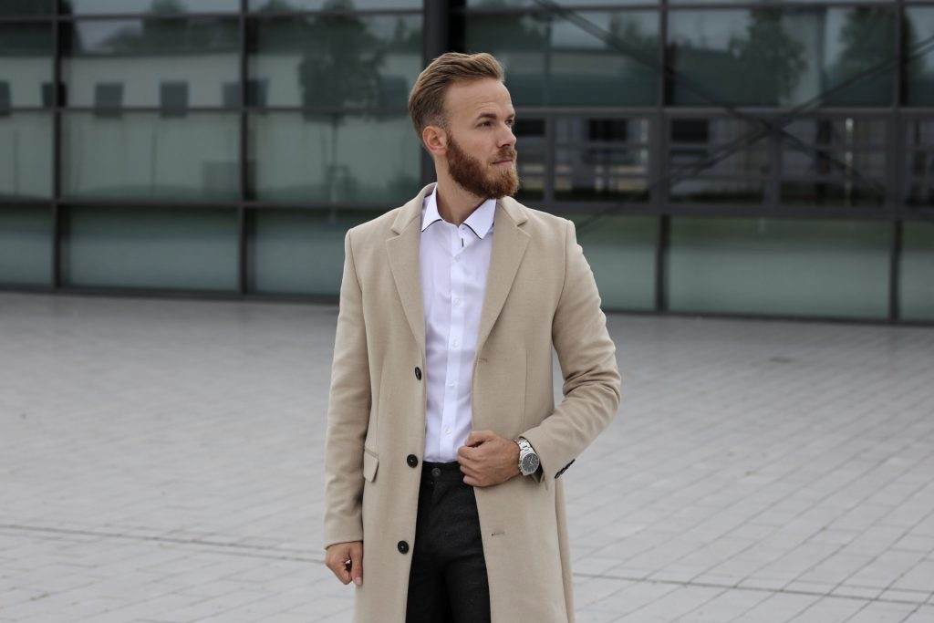 OUTFIT - Coat and Chelsea Boots Travel Fashion Lifestyle Blog Blogger Trier Luxembourg mainz frankfurt koblenz düsseldorf köln mantel zara coat