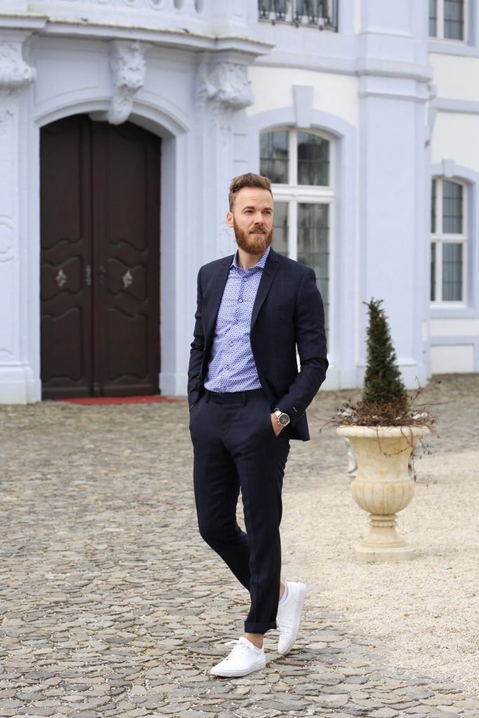 FASHION - Suit and Sneakers Bram Luxembourg blogger Luxemburg trier blogger_de blog Herrenmode mode herren fashion trend