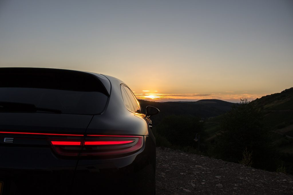 LIFESTYLE - Porsche Panamera 4 E-Hybrid Blogger männer Blog herren deutschland trier luxembourg mode fashion berndhower bernd hower