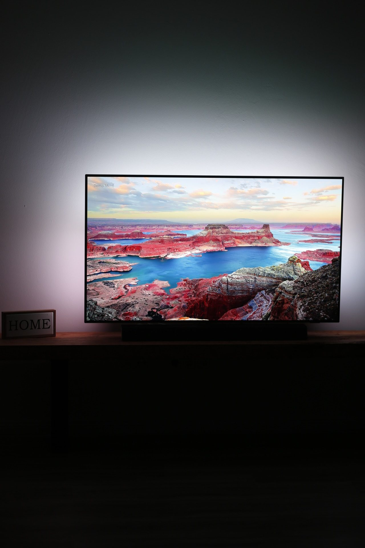 Philips TV OLED+ 934 Ambilight // Kinoerlebnis in den eigenen Wänden