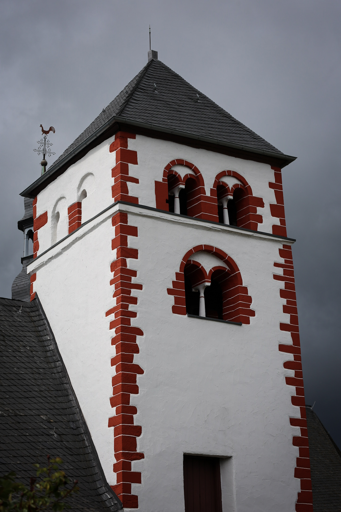 Wein Tradition und Innovation - Weingut Klosterhof Brauneberg Mosel Weingut Weingüter Riesling Moselle Vine Vinyard Germany Spätburgunder Pfalz Bernkastel-Kues Weinguts