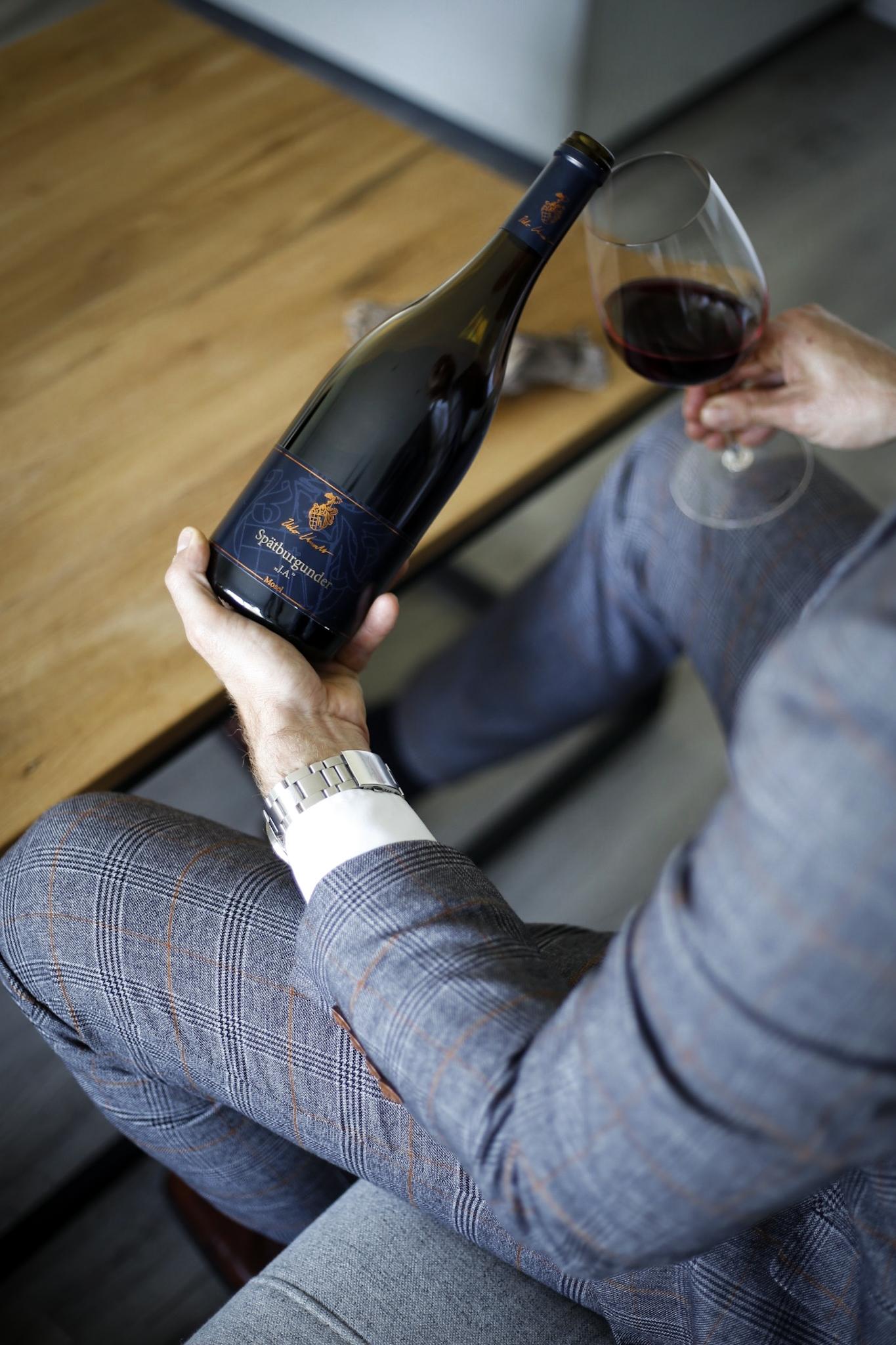 Weingut an der Mosel mit südländischem Flair - Weingut Knodt-Trossen Kröv Mosel Weinfest Wein Vino Wine Riesling