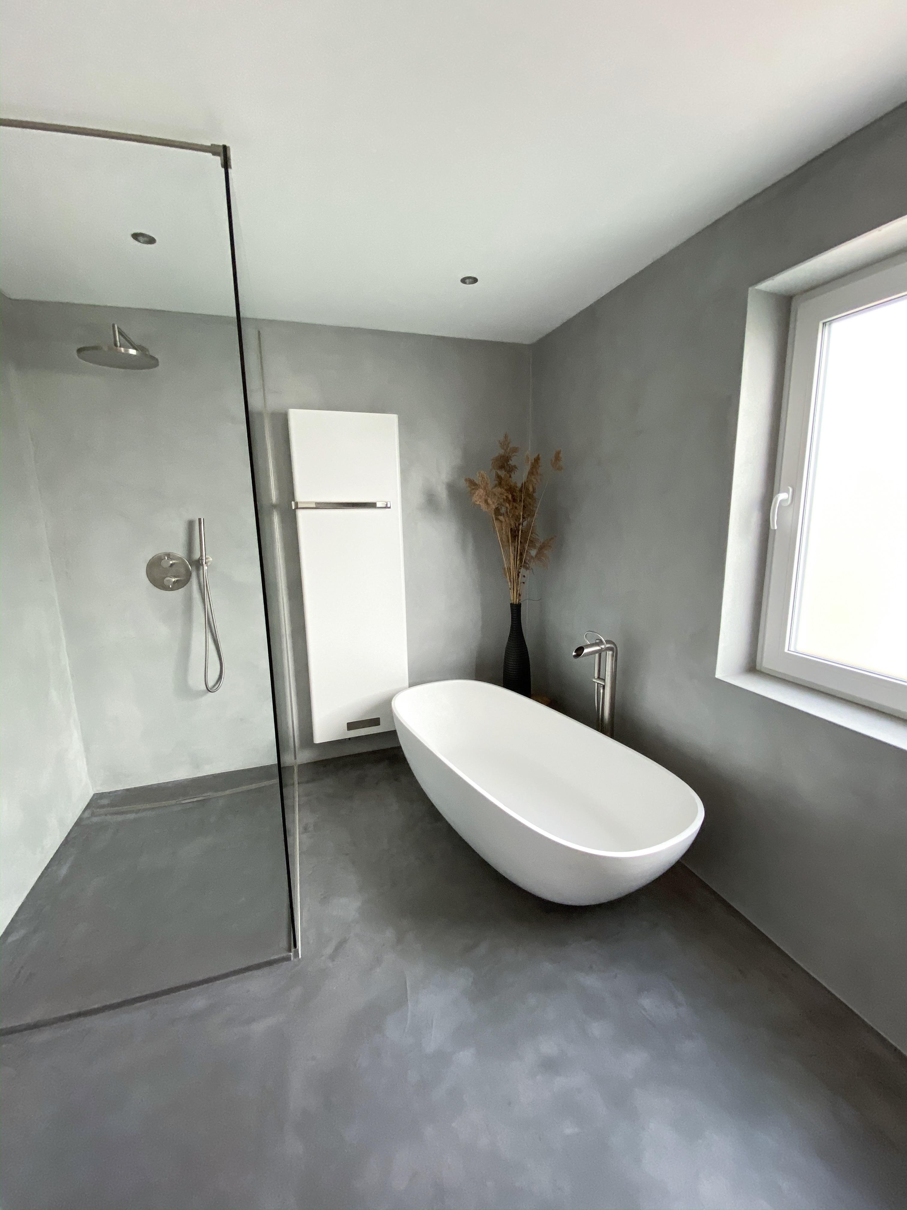 Badsanierung - Von alten Fliesen zum Luxus Bad - Der Vorher